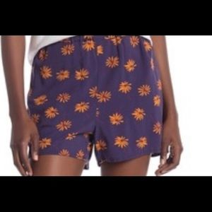 Madewell shorts with pockets. Floral